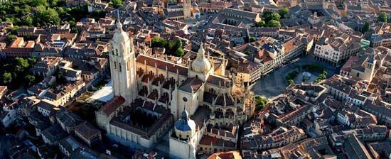 ¡Este Puente de mayo, Segovia es tu ciudad!